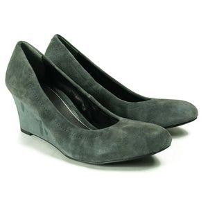 Vionic Womens Camden Wedge Pumps Size 8.5 Gray